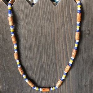Wood, and plastic bead stretch necklace